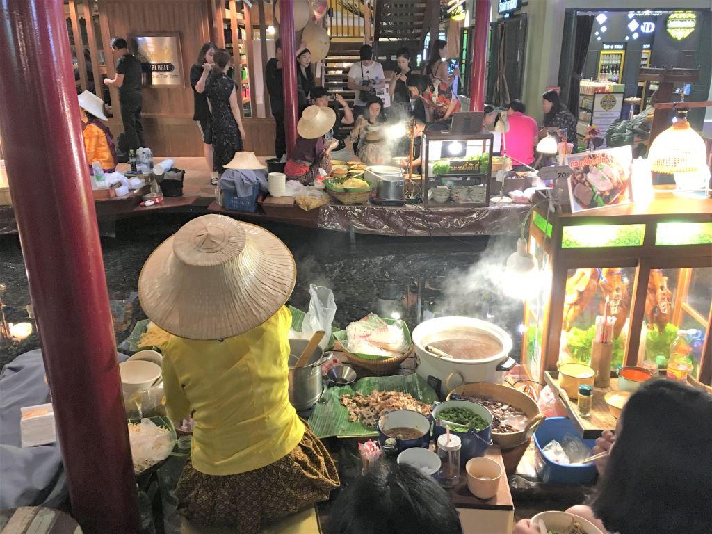 Flaoting market inside Icon Siam Bangkok