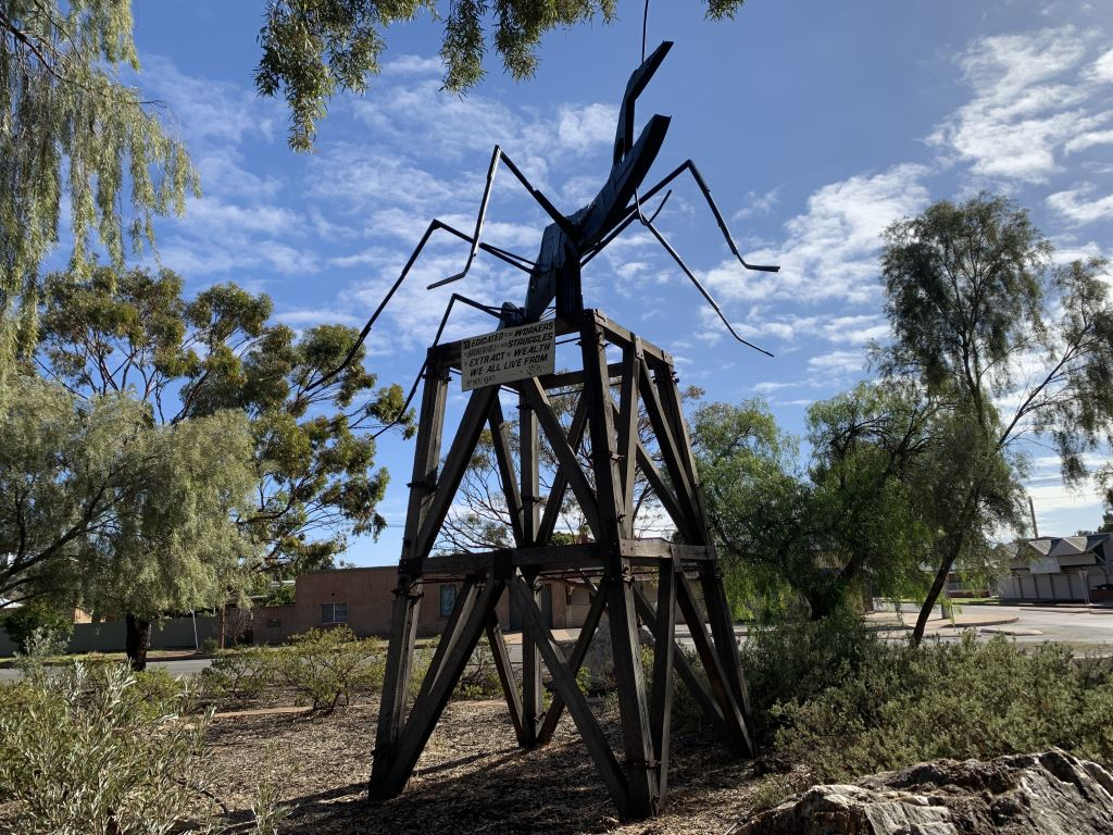large sculpture of an ant in Broken Hill